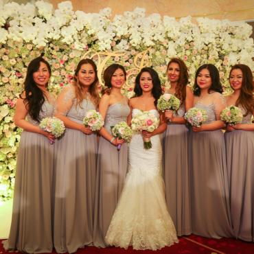 Đám cưới thì phải mặc gì? Bỏ túi ngay 15+ trang phục dự tiệc cưới giúp bạn vừa đẹp vừa sang (Phần 2)
