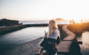 Cái giá của sự trưởng thành có phải là nỗi cô đơn vô hạn?