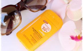 Bên cạnh kem chống nắng, đây là 4 loại mỹ phẩm bạn nhất định phải có trong túi mỗi khi hè về