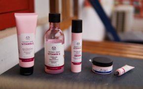 Gợi ý 10 sản phẩm nước hoa hồng tốt nhất phù hợp với từng làn da